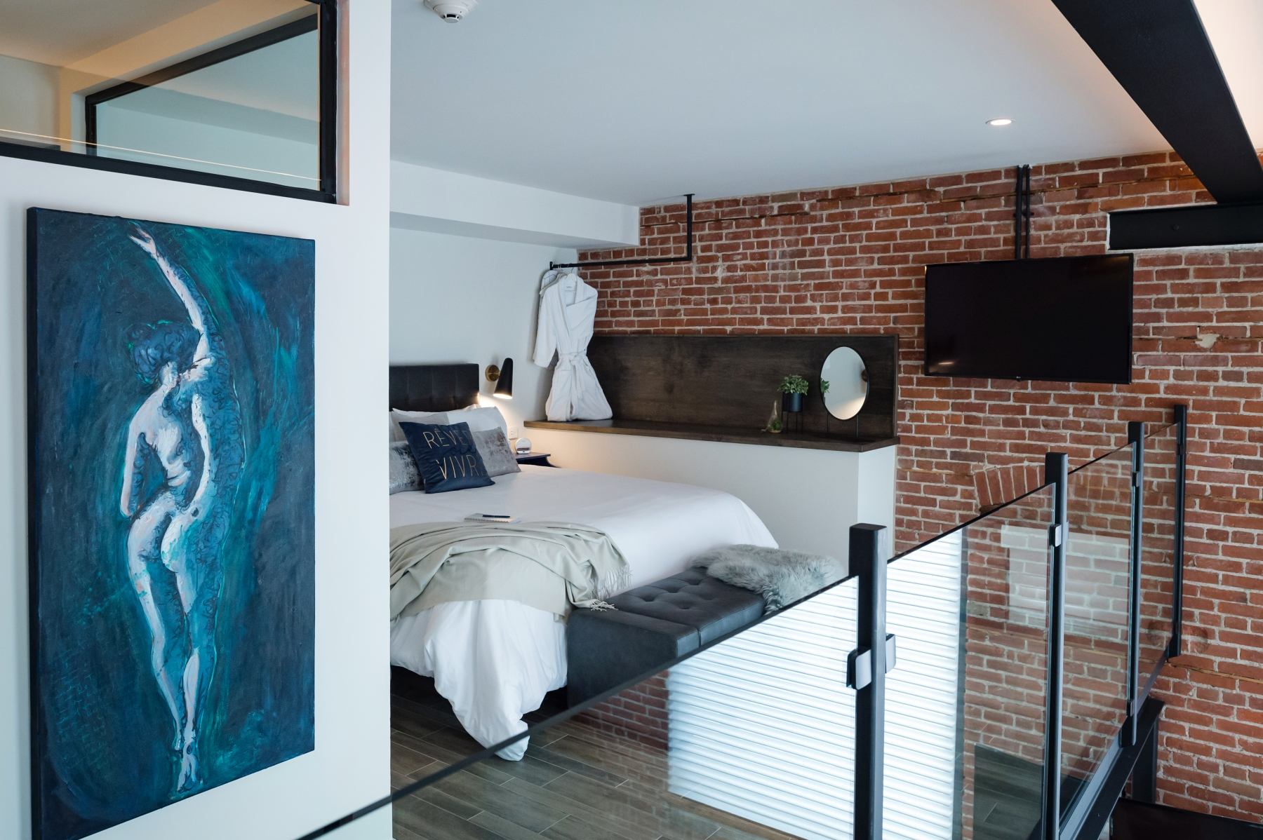 The Metro Suite - Loft Bedroom
