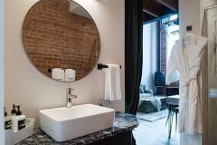 The Nest Suite - Main Bath