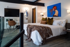 The Wall Suite - Loft