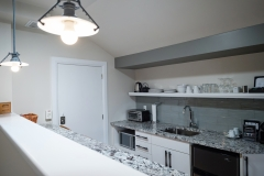 King Suite - Kitchenette