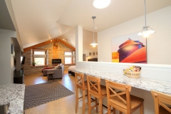 King Suite - Breakfast Bar