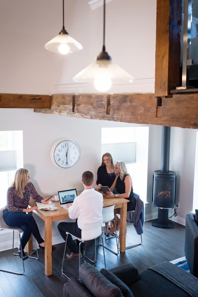 Loft Suite 1 - Corporate Stays