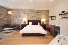 Queen Jacuzzi Suite - Room