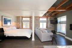 Queen Suite 3 - Sofa bed